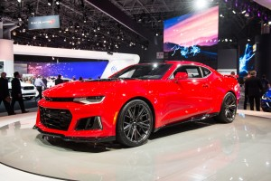 2017-chevrolet-camaro-zl1-coupe-exterior-2016-new-york-international-auto-show-live-002